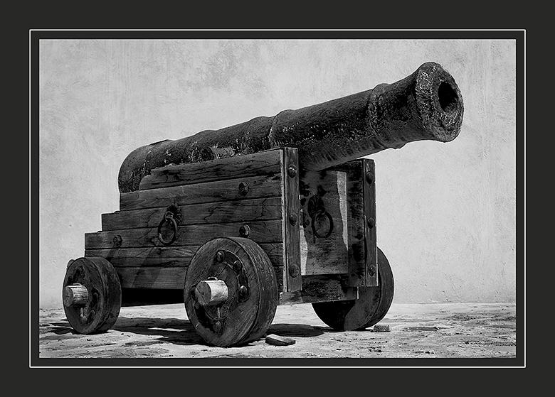 Omani-cannon
