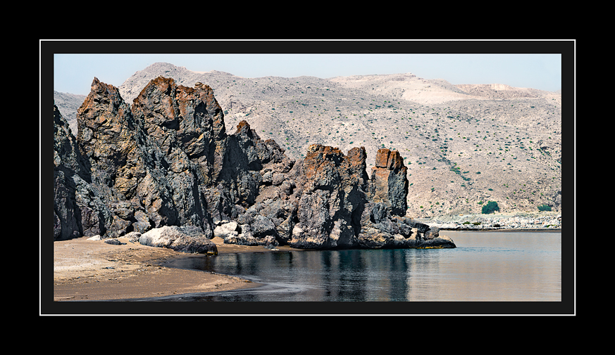 Beach-rock-formations