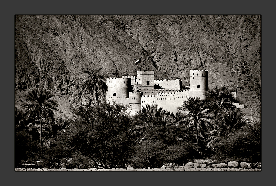 Nakhal-Castle-toned-No2