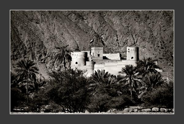 Nakhal-Castle-toned-No2