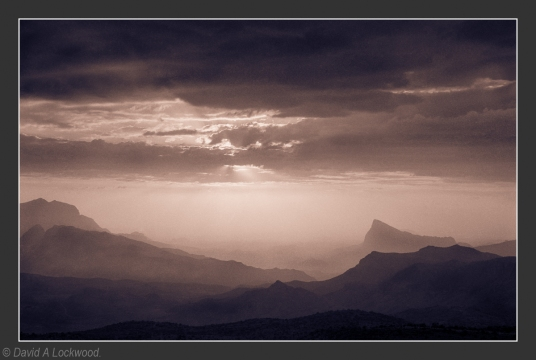 Rising mist - Jebel Shams No2