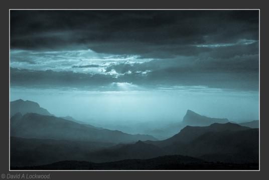 Rising mist - Jebel Shams No3