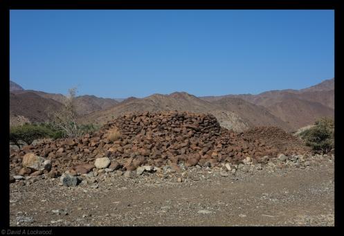 burial cairns No1