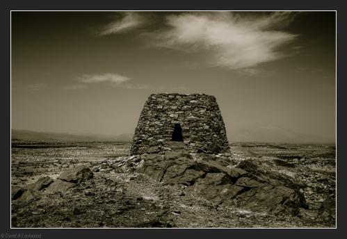 Lone tomb - Salut