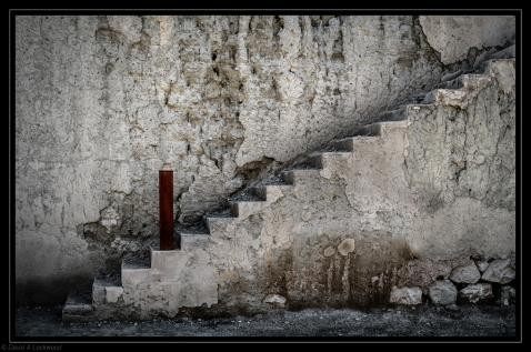 Steps & post