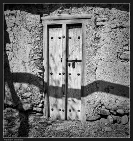 shadows-0n-door