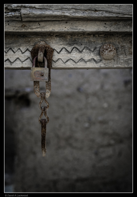 locking-the-air