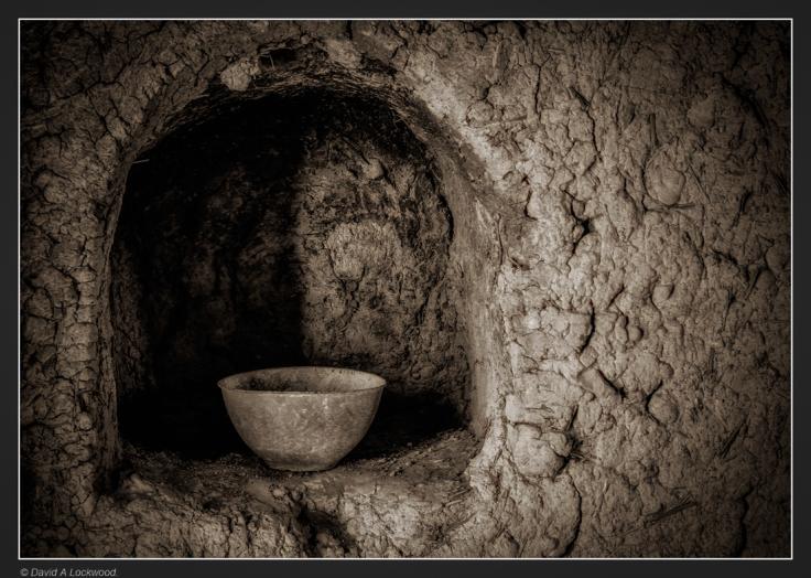 bowl in alcove