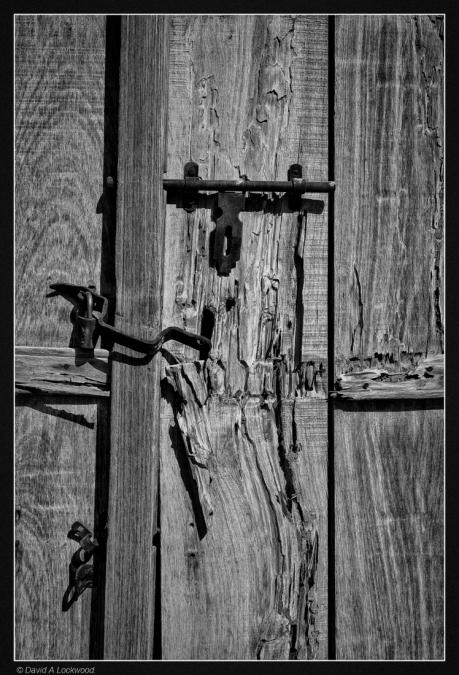 Door detail-ibri