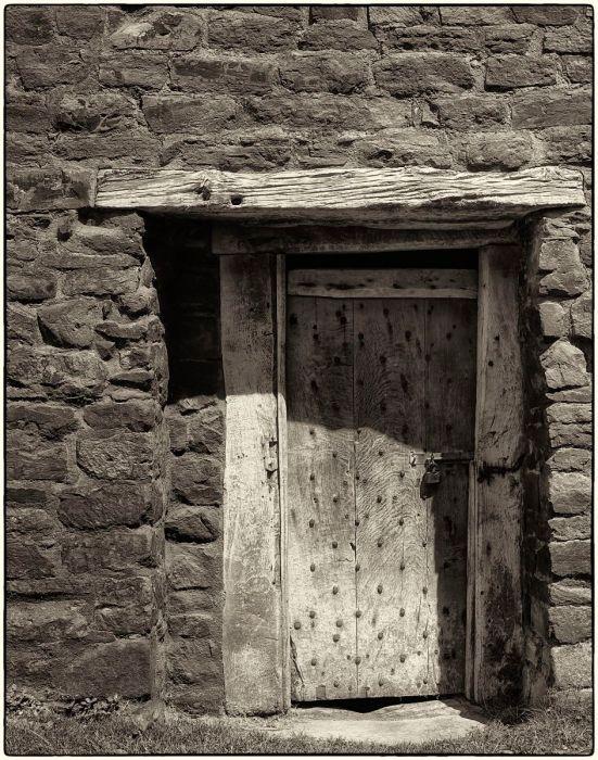 Door - Ludlow castle.