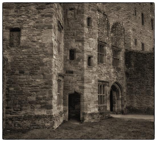 Inner courtyard – Ludlow castle.