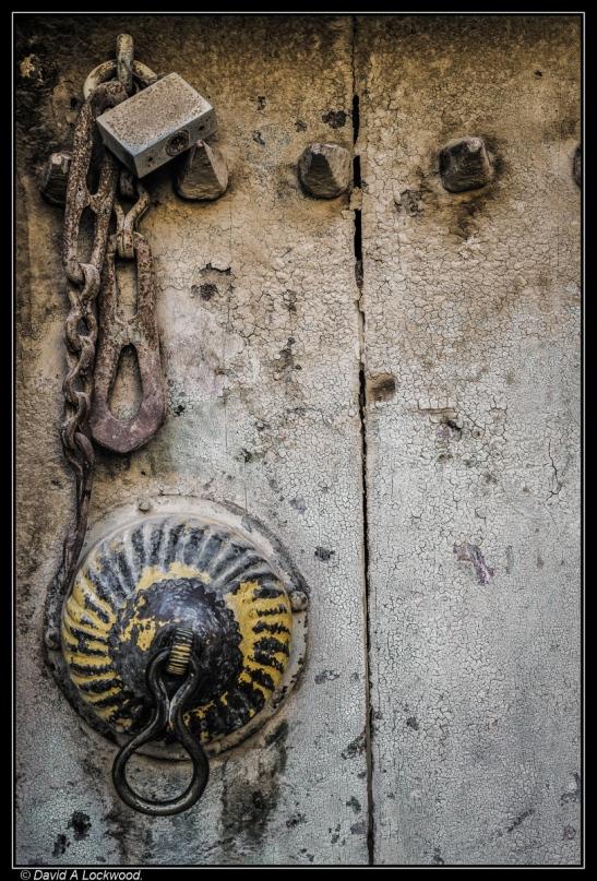 Door detail - Birkat al Mouz