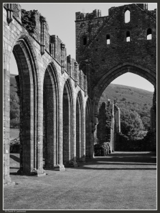 Llanthony Priory No3